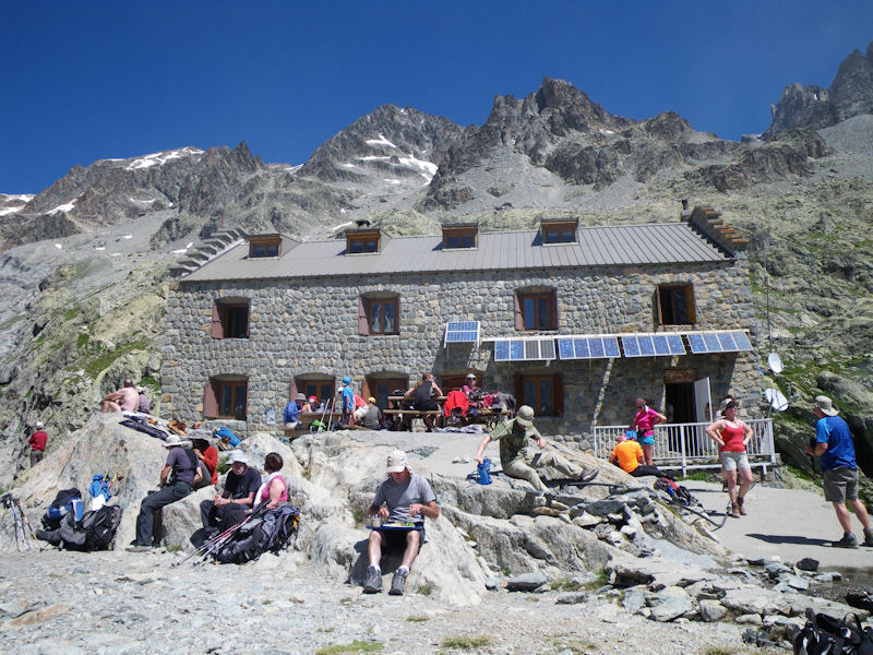 Glacier Blanc Hut on the way to the Ecrins Hut