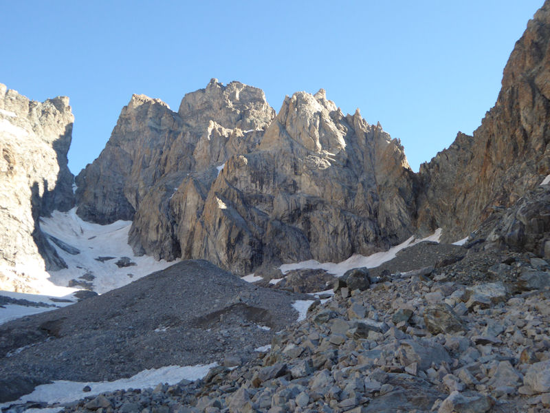 SW face of Aiguille de Sialonze (Rick climbed Super Pilou - TD-)