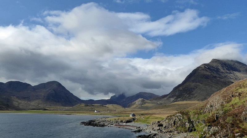 Coastal walk back to Elgol. Photo by Ed Bramley